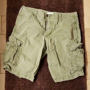 Gap Men's Army Green Cargo Shorts